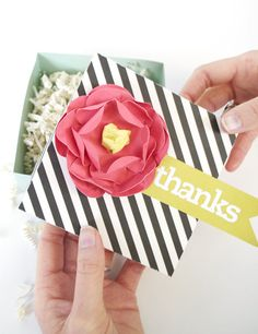 DIY Thanks Gift Box   Created using the Silhouette Making a 3D flower out of a flat shape...need to try this!