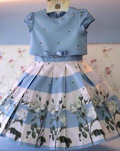 Kids Dress Wear, Kids Gown, Baby Frocks Designs, Kids Frocks Design, Baby Summer Dresses, Little Girl Dresses, Girls Party Dresses, Baby Dresses, Summer Baby