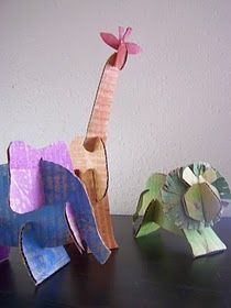 dieren in karton: recycled cardboard animals (template). Would be great as large sculptures Cardboard Sculpture, Cardboard Crafts, Paper Crafts, Cardboard Boxes, Bible Crafts, Projects For Kids, Art Projects, Crafts For Kids, Arts And Crafts