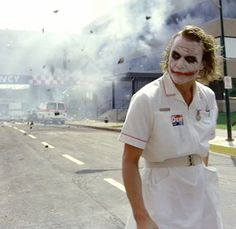 The Joker (Heath Ledger) Der Joker, Heath Ledger Joker, Iconic Movies, Good Movies, Amazing Movies, Clueless Characters, Situational Irony, Plan For Life, Frames
