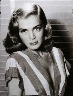 Lizabeth Virginia Scott ( 1922- 2015 ) Lizabeth Scott, Virginia, Mona Lisa, Film, Movie, Films, Film Stock, Film Books, Movies