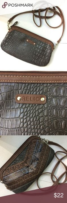 ✨New✨RELIC crossbody Brand new, without tag purse by RELIC. Lots of pockets and cute design, neutral colors for fall. New condition, offers welcome! Relic Bags Crossbody Bags