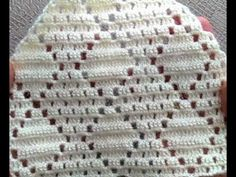 BAKLAVA MODELİ YELEĞİN YAKA VE KOLTUK KESİMİ/BAKLAVA Model Vest collar and seat cut - YouTube Zig Zag Crochet, Filet Crochet, Crochet Hats, Crochet Poncho Patterns, Crochet Cardigan, How To Start Knitting, Knitting For Kids, Crocodile Stitch, Crochet Videos
