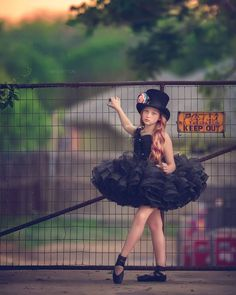 How to Magically Manifest an Epic Life. Dancer Photography, Outdoor Photography, Children Photography, Dance Like No One Is Watching, Just Dance, Ballerina Dancing, Ballet Dancers, Ballet Kids, Ballet Photos
