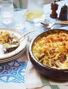 """Kirstie Allsopp's potato bake with anchovies recipe is a famous Swedish dish that Kirstie learned from a friend. In Sweden it's known as Janssons frestelse, or """"Jansson's temptation"""". It's great with a grilled chop or steak Best Crockpot Chicken, Best Chicken Recipes, Potato Dishes, Potato Recipes, Side Recipes, Dinner Recipes, Blue Cheese Potato Salad, Anchovy Recipes"""