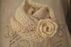 Heldasland: Free crochet cowl pattern