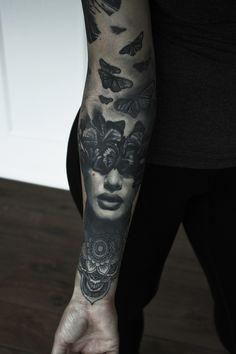 Sommerfugl tatovering Black And Grey.jpg