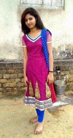 Beautiful Girl In India, Beautiful Girl Photo, Most Beautiful Indian Actress, Beautiful Saree, Beautiful Women, Stylish Girl Images, Stylish Girl Pic, Beauty Full Girl, Beauty Women