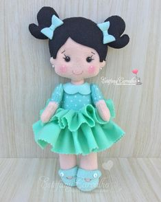 Felt Doll Patterns, Baby Knitting Patterns, Felt Crafts, Diy And Crafts, Arts And Crafts, Felt Dolls, Rag Dolls, Fabric Toys, Felt Art