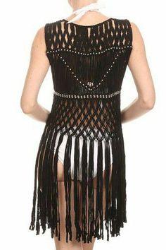 LL- Womens Hand Knotted Macrame Boho Vest, Silver Beads, Long Fringe(Black) at… Macrame Dress, Macrame Curtain, Macrame Cord, Macrame Necklace, Macrame Knots, Micro Macrame, Gilet Crochet, Macrame Design, Macrame Tutorial