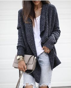 Stylish Outfits Ideas You Must Try This Winter Fall Fashion Outfits, Fall Winter Outfits, Cute Fashion, Autumn Winter Fashion, Stylish Outfits, Cute Outfits, Fashion Clothes, University Outfit, Cardigan Outfits