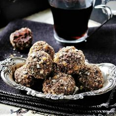 Coffee Toffee Truffles: creamy Kahlua infused chocolate rolled in crunchy English toffee bits.