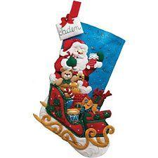 Bucilla 18 Pulgadas Navidad Stocking apliques de fieltro Kit, Santa Y Su Trineo