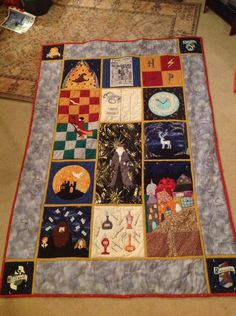 Harry Potter Quilt , DIY and Crafts, Harry Potter Quilt . Colchas Harry Potter, Harry Potter Quilt, Harry Potter Nursery, Harry Potter Cosplay, Quilting Projects, Quilting Designs, Sewing Projects, Quilting Ideas, Sewing Ideas