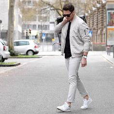 Outfits You Can Wear With Sneakers