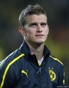 sven bender Football, Sports, Real Love, Borussia Dortmund, Star, Soccer, Hs Sports, Sport, American Football
