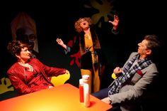 Teatro Micalet estrena 'La Cantant calba al McDonald's' - http://www.valenciablog.com/teatro-micalet-estrena-la-cantant-calba-al-mcdonalds/