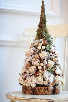 Купить Настольная елочка в бежевых тонах - бежевый, елка, настольная елка, Новый Год