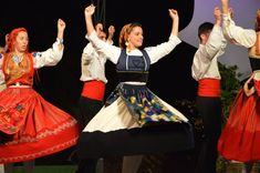 Folk Clothing, Lisbon Portugal, Terra, Traditional Outfits, Cheer Skirts, Southern, Romance, Culture, Embroidery