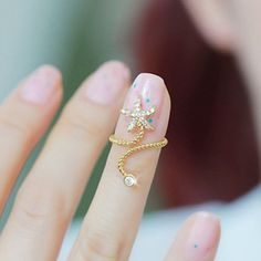 Chic Diamante Starfish Embellished Spiral Alloy Ring For Women, COLOR ASSORTED, ONE SIZE in Rings | DressLily.com