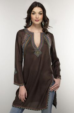 flattering tunic with ethnic flair magtrends.com/summer-tunics/