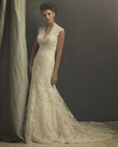 Something just like this...Perfect for my vow renewal someday.