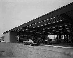 Esso Station, Nuns Island, Montreal 1969  http://vaumm.com/category/blog/