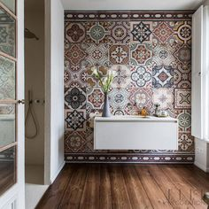 A guest bathroom in this home in Berlin, is totally transformed by these traditional earthy-hued tiles. The owner had been collecting them for many years and said the look she wanted was that of a kil Decor, Bathroom Interior Design, Interior, Small Bathroom Decor, Home Decor, House Interior, Elle Decor, Home Interior Design, Bathroom Decor