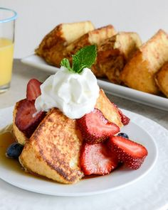Angel Food French Toast - would be delicious as dessert instead of breakfast - or maybe for a special brunch! Breakfast And Brunch, Breakfast Dishes, Breakfast Recipes, Sunday Brunch, Breakfast Dessert, Birthday Breakfast, Mexican Breakfast, Breakfast Sandwiches, Breakfast Pizza