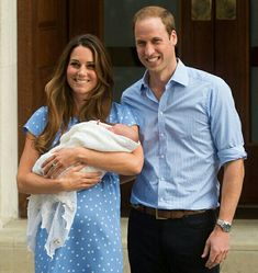 "Kate Middleton and Prince William left the hospital with Prince George in their arms, waving to the cameras—but the Duchess had ""mixed emotions"" about the very public moment. Duke And Duchess, Duchess Of Cambridge, Prince William Kids, George Alexander Louis, Princesa Kate, Charles And Diana, Mixed Emotions, Monochrome Fashion, Princess Charlotte"