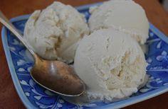 the first recipe I tried in my ice cream maker... just coconut milk, honey, vanilla.
