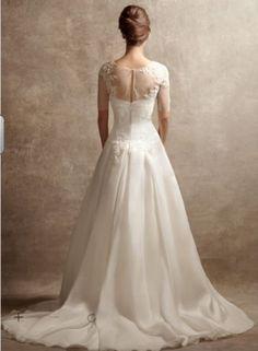 Vera Wang 'Satin Faced Organza Gown' size 6 new wedding dress - Nearly Newlywed
