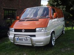 Custom Van Shows 2011 | Two Tone Cinnamon Orange and Snow White Pearl