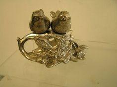 Victorian Style Silver Metal Birds Salt & Pepper Shakers Birds on Flower Vine