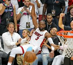 Drop your best caption for this photo.The post Caption this photo of Dwyane Wade, John Legend and his wife Chrissy Teigen appeared first on. Dwyane Wade, John Legend, Chrissy Teigen Husband, Christine Teigen, Funny Parenting Memes, Sports Update, Most Popular Memes, Perfect Timing, Miami Heat