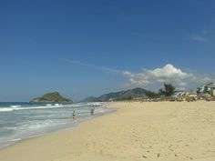Praia do Recreio (posto 9), Rio de Janeiro. (Foto própria)  #praia #recreiodosbandeirantes #cidademaravilhosa #riodejaneiro #beach #brasil #brazil