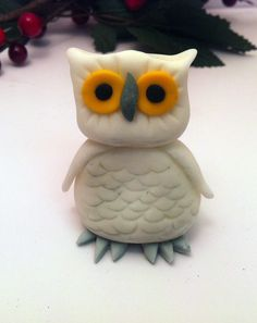 Fondant Harry Potter Hedwig Owl Cake or cupcake topper. Love. This.