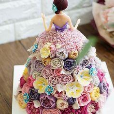 All made Soybean cream. soybean paste craft  Done by China student work. Barbie doll cake.  Soy bean  cream flower ricecake~♡ 韩式豆沙裱花  #cake #modelling #flowercake #barbie  #flowercake #flower #design #dessert#food#ricecake #class #inquiry #CAKE&DECO  # 韩式豆沙裱花  #앙금플라워떡케이크  #앙금플라워 #앙금플라워떡케익  #플라워케이크 #韩式裱花 #앙금모델링 #떡케이크 #케이크  #떡 #디저트#花#koreanflowercake #韓国式 #포토그램 #플라워 #플라워케이크 #裱花 #豆#앙금플라워  #케익앤데코  KakaoTalk, WeChat ID : cakendeco Line ID : cakendeco  http://www.cakendeco.co.kr