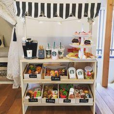 自動代替テキストはありません。 Kids Grocery Store, Ikea Play Kitchen, Kids Cafe, Daycare Rooms, Bois Diy, Corner House, Toy Rooms, Kidsroom, Cool Baby Stuff