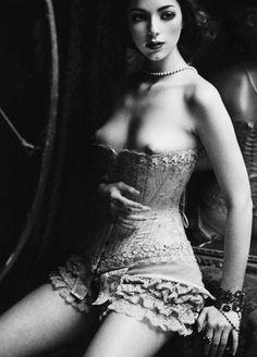 Ada Wong Nude Hot Model Fukers