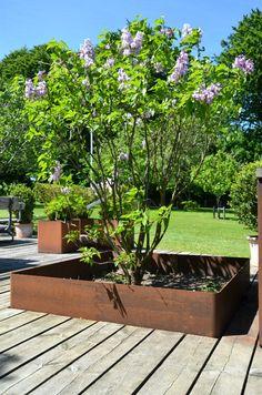 Havekrukker, højbede og plantekummer fra OUTSIDEdesign