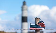 #Nike #Thea fotografiert am #Leuchtturm auf #Sylt. Jetzt bei Volution Sports kaufen.