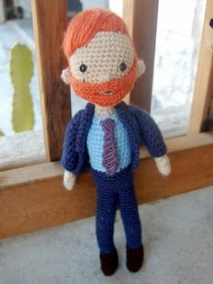 I wish I knew how to crochet!  I love that the beard is removable.  Team Coco 4-eva.