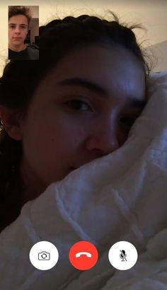 FaceTime your bestfriend all night Cool Girl Pictures, Cute Couple Pictures, Best Friend Pictures, Couple Goals Relationships, Relationship Goals Pictures, Sabrina Carpenter Snapchat, Rauch Tapete, Applis Photo, Fake Girls
