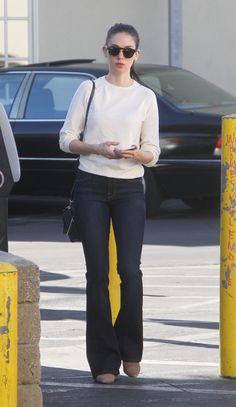 Alison Brie Shopping in LA 12/8/15