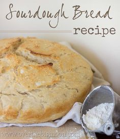How to make the perfect loaf of sourdough bread. This recipe is so easy! No kneading required!