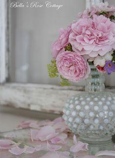 Bella's Rose Cottage: Grandmothers Vase...