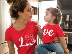 Mom and Daughter Christmas T-shirts, Christmas shirts Mommy and me, Christmas Outfits, Family Christmas Shirts Family Shirts, Dad To Be Shirts, Kids Shirts, Mothers Day Shirts, Mommy And Me Dresses, Mommy And Me Outfits, Girl Outfits, Mother Daughter Matching Outfits, Mom Daughter