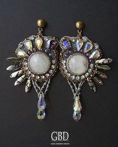 Beautiful embroidered earrings | Beads Magic