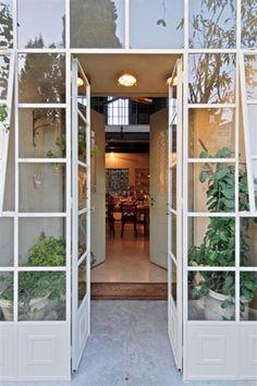 מבואת כניסה חיצונית \ עמית גלאור - אורלי רובינזון, האתר הישראלי לעיצוב